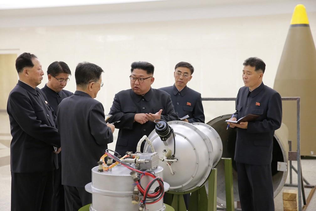 Bomba de hidrogênio poderia ser colocada em míssil intercontinental (Foto: KCNA via REUTERS)