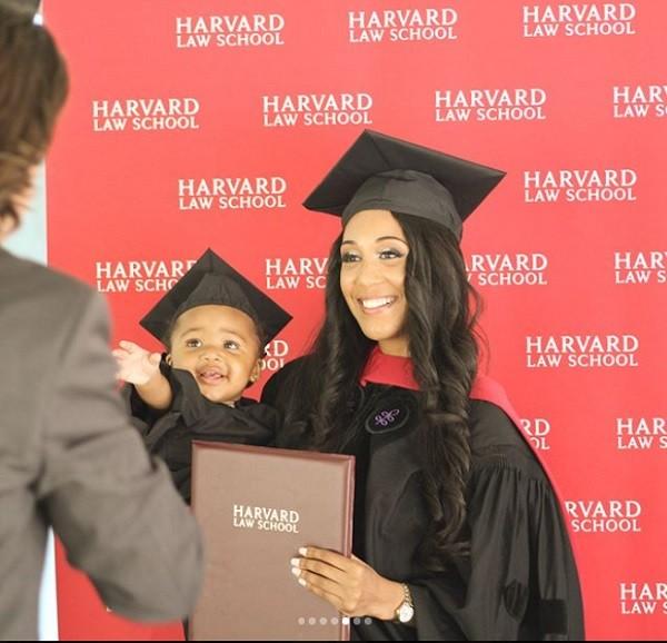 A pequena ia à faculdade com a mãe várias vezes (Foto: Reprodução/ Instagram)