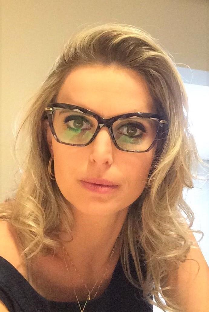 A advogada brasileira Vanessa Klaus obteve decisão favorável para a sua família