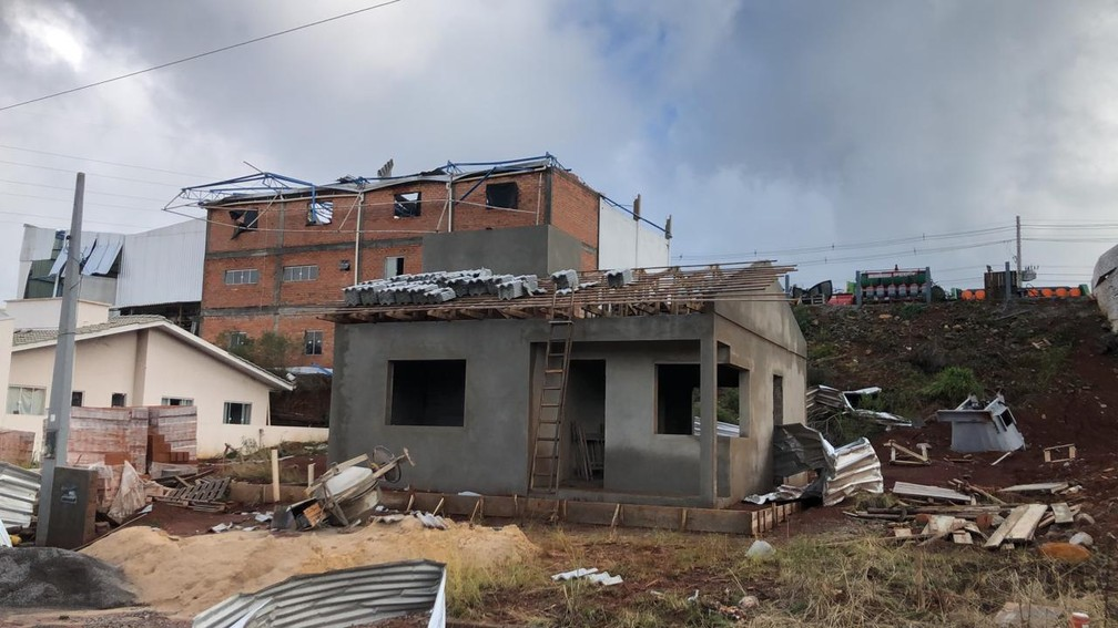 Segundo balanço da prefeitura, 288 casas foram danificadas após tornado em Campos Novos — Foto: Ascom Campos Novos/Divulgação