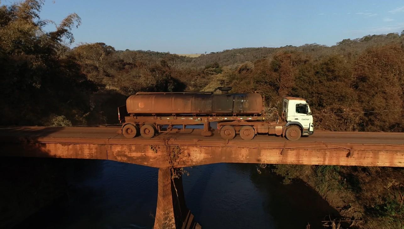 Precárias, pontes colocam em perigo motoristas em vicinais da região de Ribeirão Preto, SP