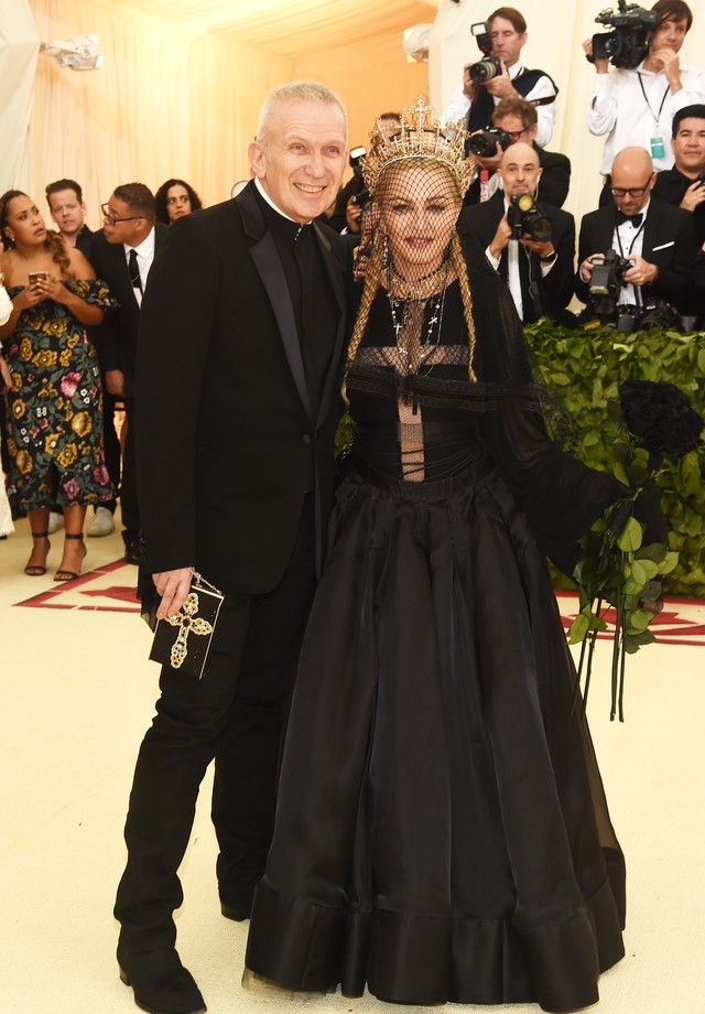 Madonna e Jean Paul Gaultier no Met Gala de 2018 (Foto: Getty Images)
