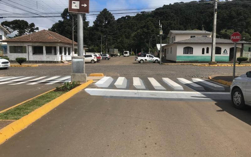 Para economizar, prefeitura de Urupema adota faixas de pedestres 3D