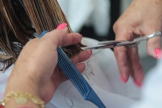 Senac-DF oferece serviços gratuitos de cabeleireiro e design de sobrancelhas