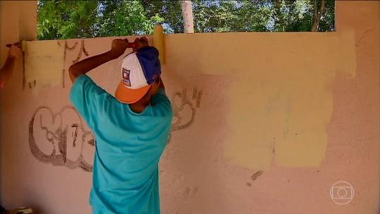 Para combater pichações, cidade de Dois Irmãos faz acordo para autores limparem pinturas não autorizadas