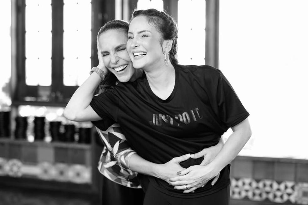 Ivete e Claudia Leitte em gravação de coreografia â?? Foto: Rafa Mattei/ Divulgação