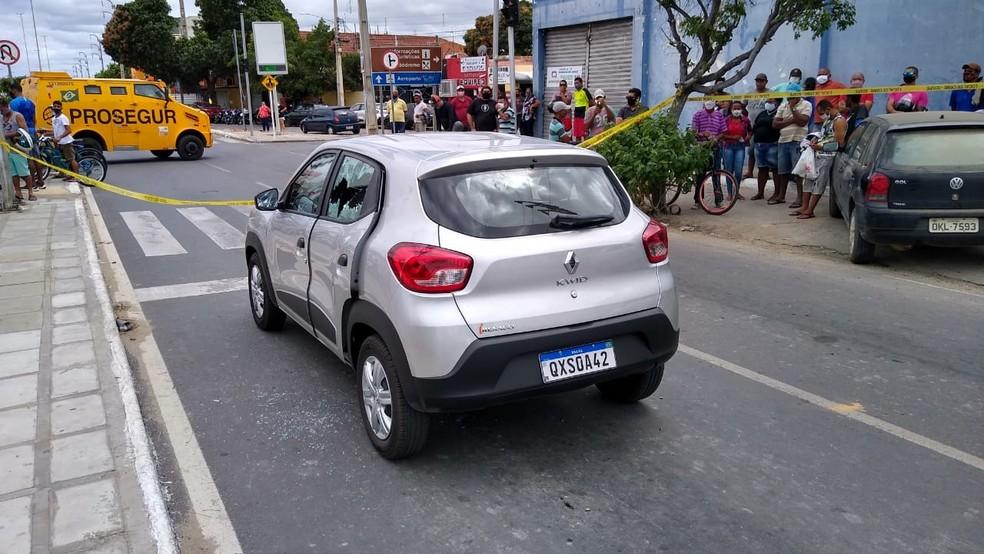Homicídio na Avenida da Integração em Petrolina, Sertão de Pernambuco — Foto: Rodrigo Araújo/TV Grande Rio
