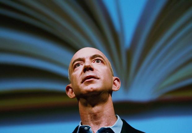 O fundador da Amazon, Jeff Bezos, durante apresentação (Foto: Mario Tama/Getty Images)