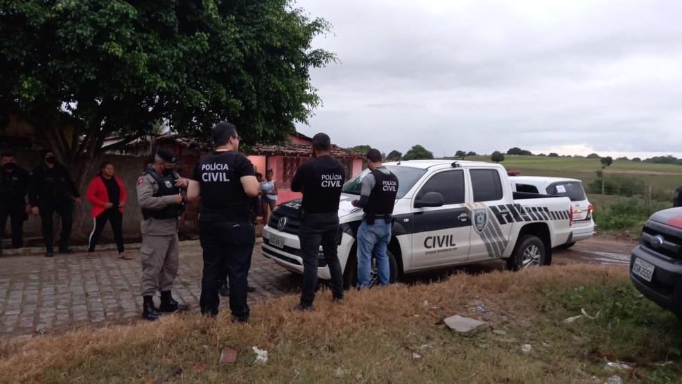 Sete pessoas são presas durante operação policial, no Brejo da Paraíba — Foto: Polícia Civil/Divulgação