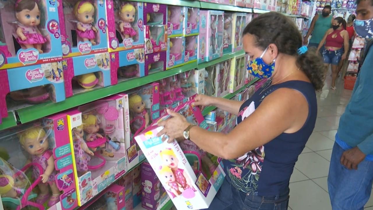 Lojistas apostam em promoções e novidades para as vendas do Dia das Crianças