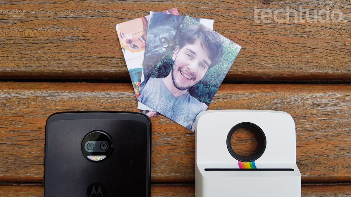 f9f42c6955974 Polaroid da Motorola chega ao Brasil por preço tabelado de R  999   Celular    TechTudo