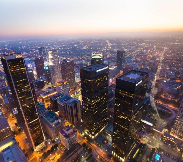 CIDADE | O US.Bank Tower ganhou o projeto OUE Skyspace em junho de 2016 (Foto: OUE Skyspace LA/ Reprodução)