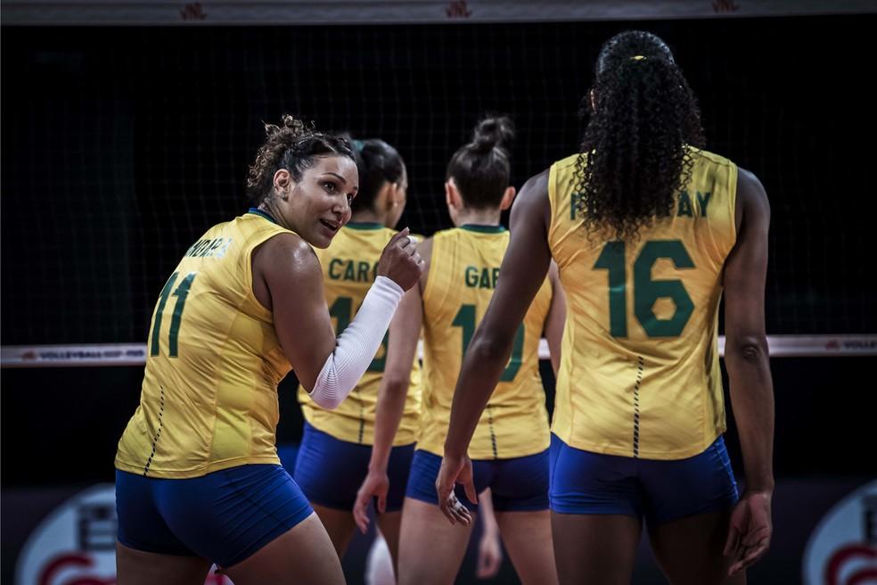 Brasil vence a Rússia na Liga das Nações 2021 — Foto: FIVB