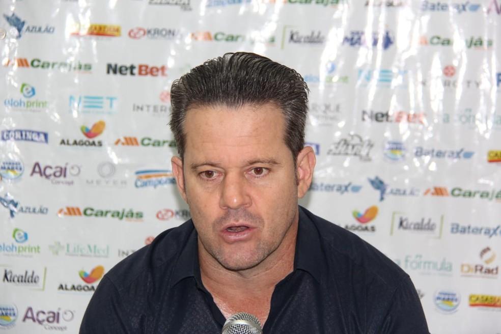 Argel Fucks, técnico do CSA — Foto: Denison Roma/GloboEsporte.com