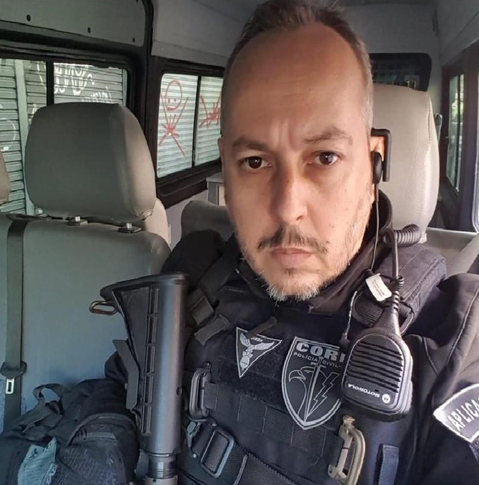 Policial civil André Frias, morto na operação desta manhã de quinta-feira (6), no Jacarezinho, Zona Norte do Rio — Foto: Reprodução