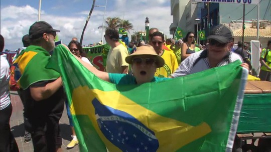 Copacabana tem protesto contra lei de abuso de autoridade e a favor da Lava Jato