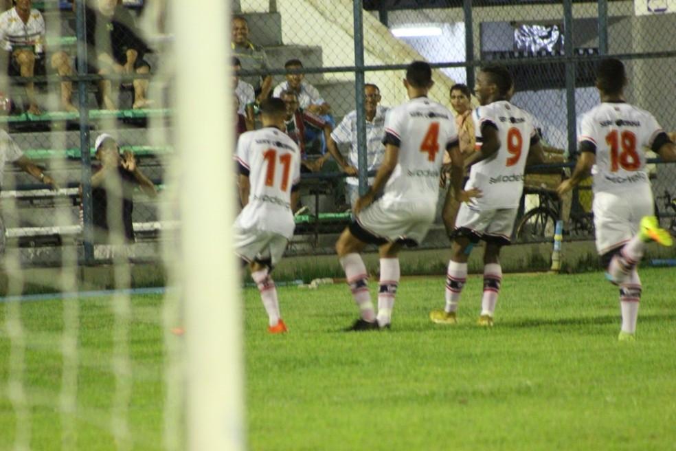 Invicto, River-PI busca pentacampeonato no Piauiense sub-19 — Foto: Victor Costa/River AC