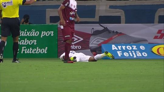 David relata dor similar à de última lesão no Cruzeiro e torce para não ser nada grave