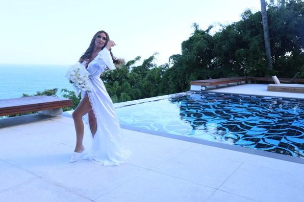 Nicole Bahls se prepara para o casamento (Foto: Daniel Pinheiro e Anderson Borde/AgNews)