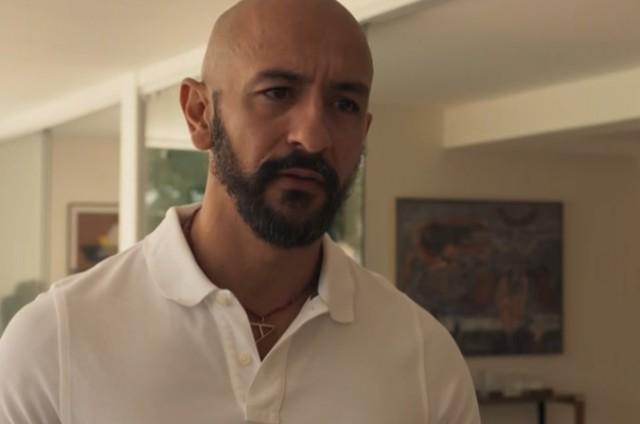 Irandhir Santos, o Álvaro de 'Amor de mãe' (Foto: TV Globo)