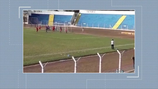 No Oeste Paulista, jogo do estadual sub-15 tem 2 gols olímpicos em apenas 2 minutos