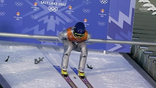 """Wingardium leviosa! """"Harry Potter do esqui"""" voa para a glória olímpica e faz história para a Suíça"""