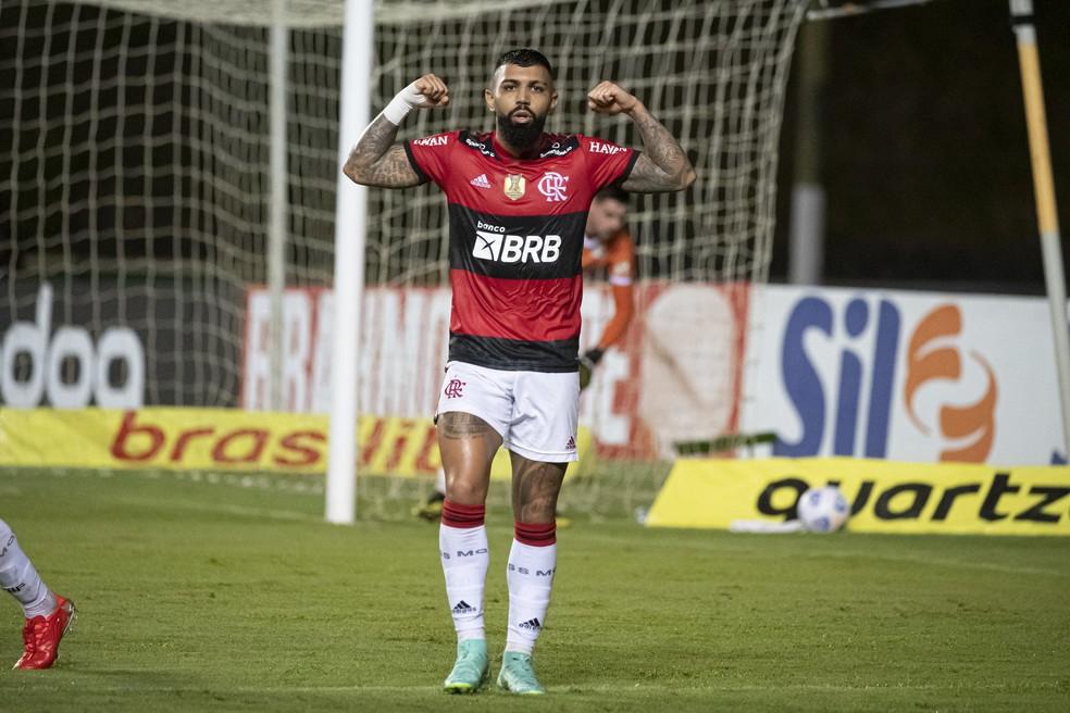 Gabigol vai em busca de ser o mais jovem a fazer 100 gols em Brasileiros