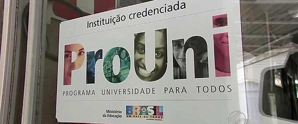 O Programa Universidade para Todos (Prouni) concede bolsas de estudo integrais e parciais (de 50%) em instituições privadas de educação superior (Foto: G1Ã')