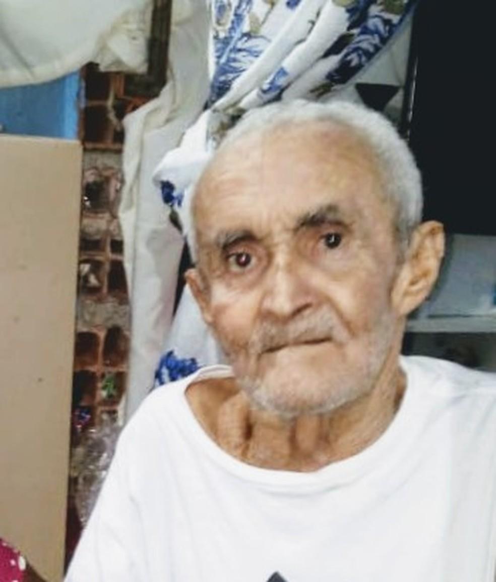 Primeiro laudo da morte de Valdomiro apontou pneumonia como causa da morte. — Foto: Arquivo Pessoal