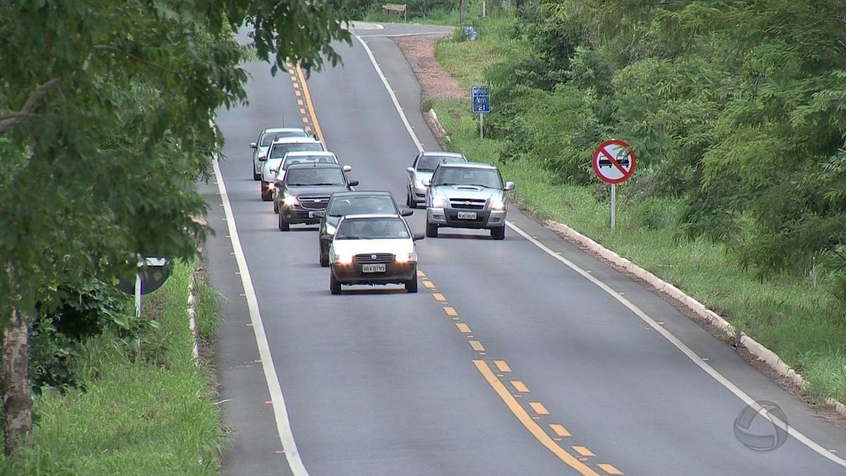 Multas aplicadas por farol desligado em trechos de 4 rodovias estaduais são anuladas em MT
