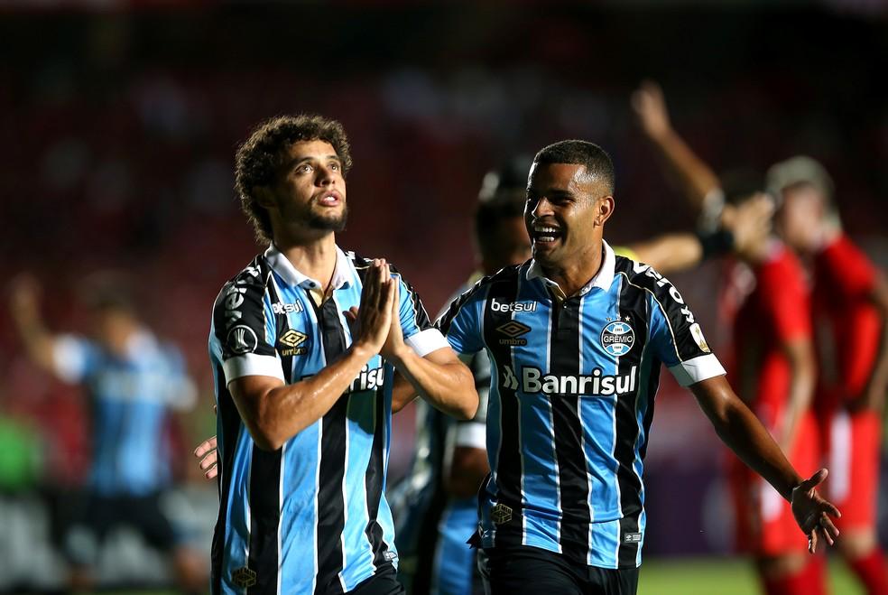 Victor comemora gol na vitória sobre o América de Cali — Foto: REUTERS/Luisa Gonzalez