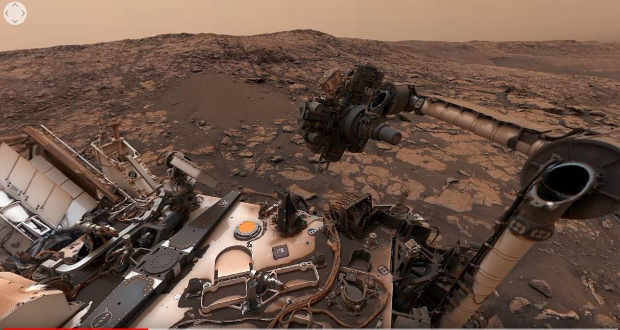 Imagem feita pela sonda Curiosity. (Foto: Reprodução / YouTube)