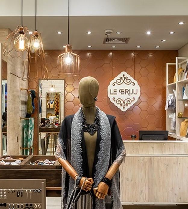 Le Briju, que permite ao cliente customizar bijuterias e semijoias, inicia expansão por franquia