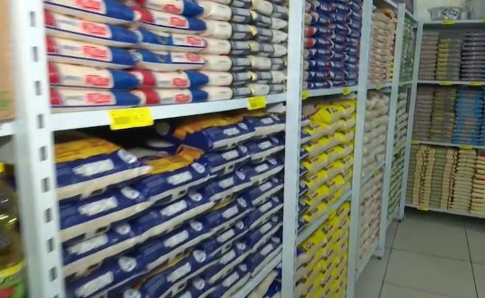 Arroz e óleo de soja, produtos essenciais na cesta básica, registram elevação nos preços  — Foto: Reprodução/Rede Amazônica