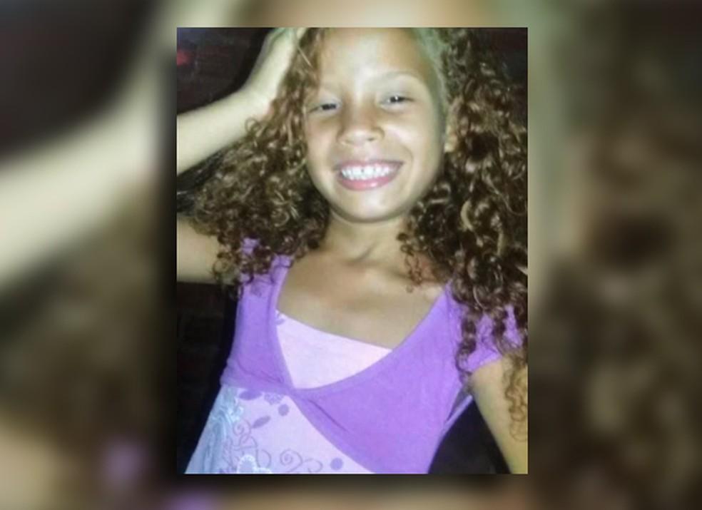 Menina Emilly Caetano morreu durante abordagem policial (Foto: Arquivo Pessoal)