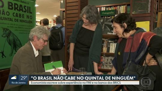 Economista Paulo Nogueira Jr.. lança livro sobre experiência no FMI e no banco do Brics