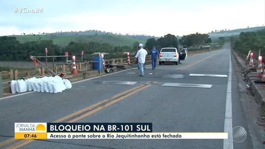 Manutenção em pista bloqueia trecho da BR-101 em Itapebi