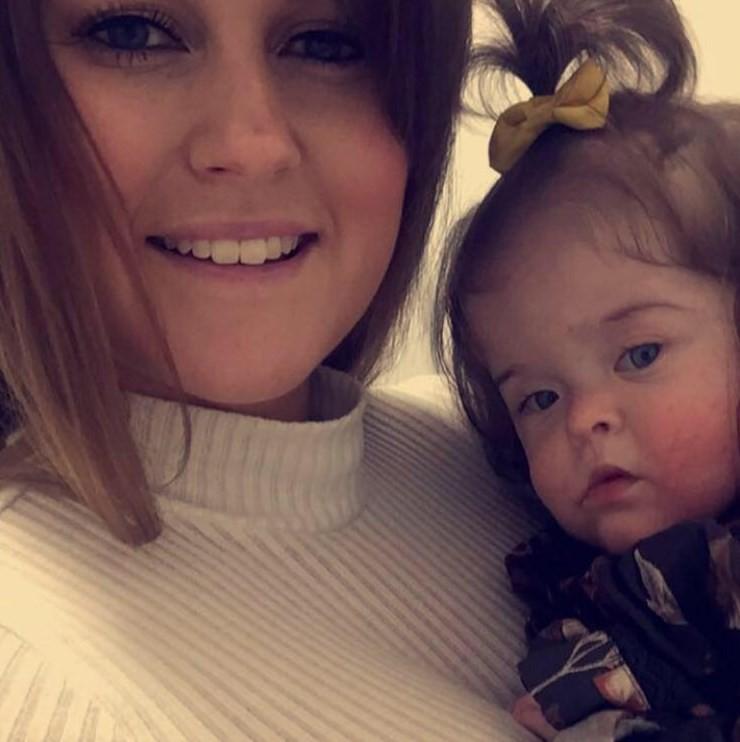 Millie, aos 9 meses, e Meg