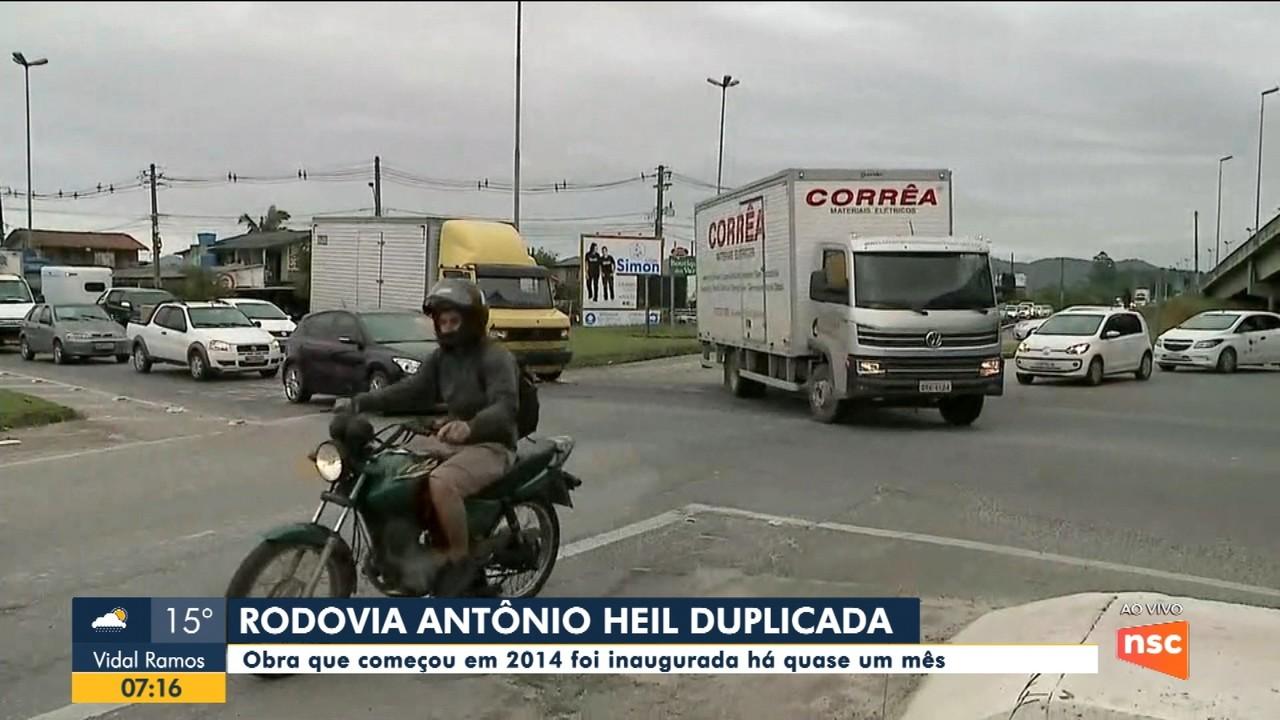 Rodovia Antônio Heil, que liga Itajaí a Brusque, tem problemas no trânsito nas imediações