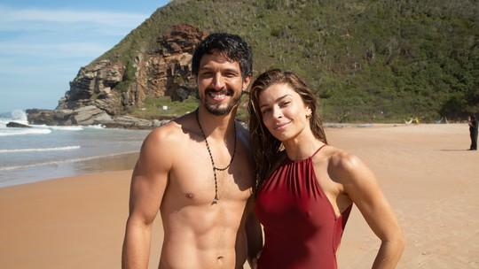 Grazi Massafera e Romulo Estrela mostram bastidores do primeiro encontro de Paloma e Marcos