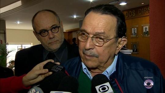 Ex-deputado Carlos Araújo morre em Porto Alegre