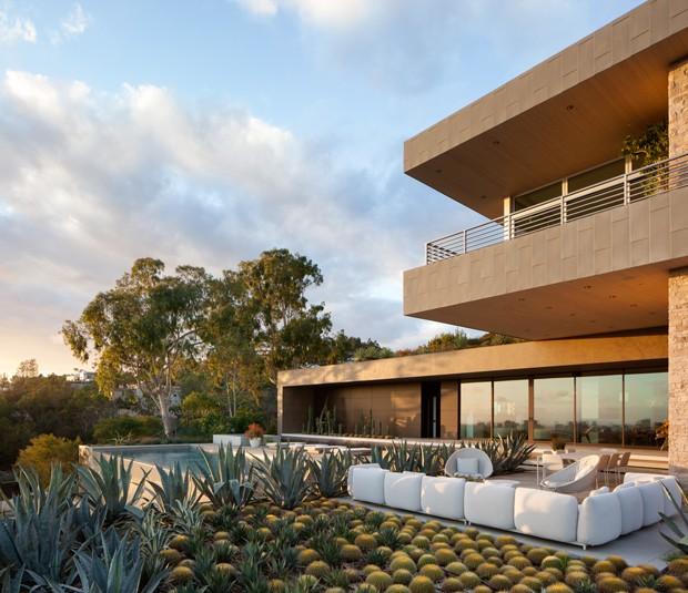 10 detalhes de tirar o fôlego nesta casa em Beverly Hills