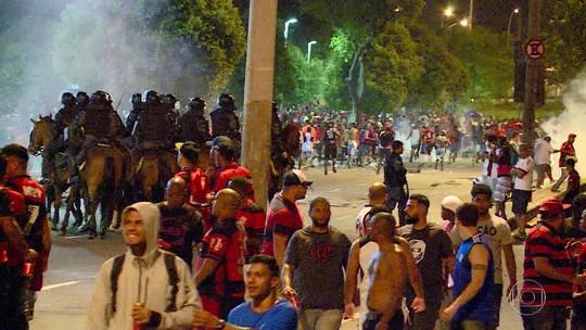 Clima de guerra no Maracanã traumatiza torcedores; leia relatos
