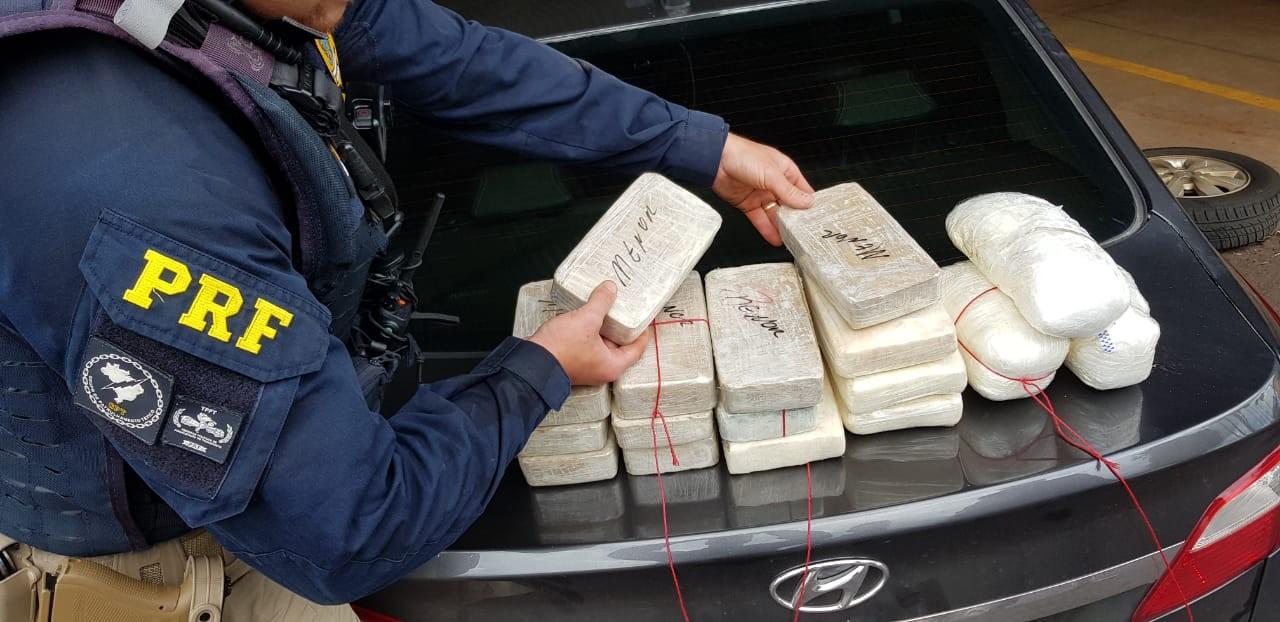 Polícia Rodoviária Federal apreende cocaína e maconha em fiscalizações no centro-oeste paulista