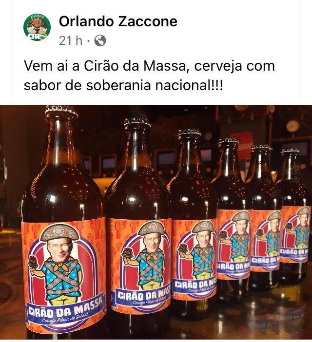 "Garrafas do novo rótulo da praça, cujo slogan é ""a pilsen de Sobral"""