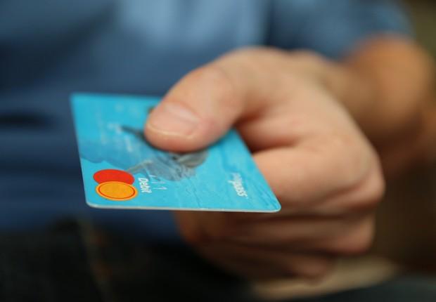 cartão de crédito (Foto: Pexels)