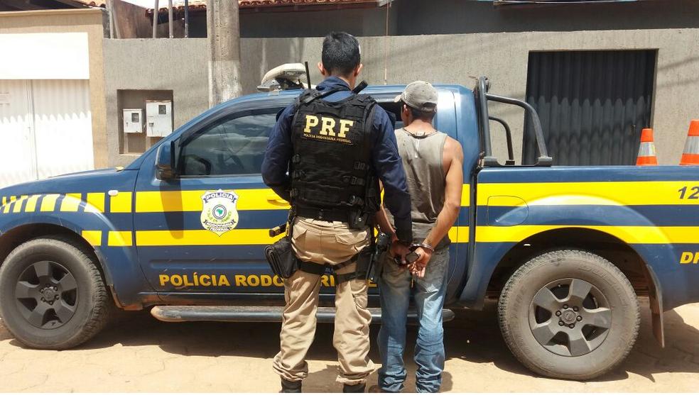 PRF prende homem acusado de latrocínio e corrupção de menores em Rondon do Pará
