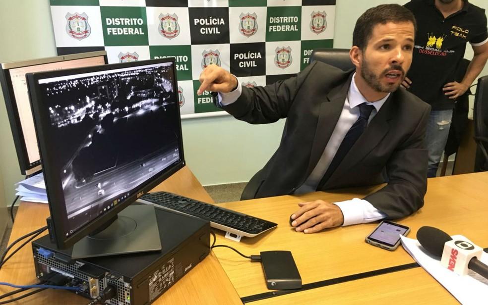 Delegado Rogério Henrique Oliveira, responsável pela 5ª DP, na Asa Norte, em Brasília (Foto: Luiza Garonce/G1)