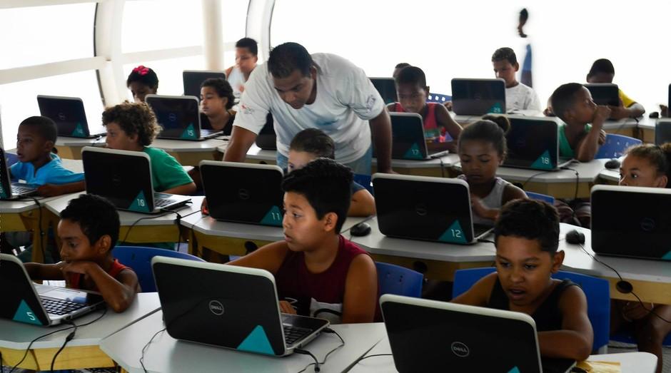 Code Club, rede inglesa que ensina programação a crianças; empresa chegou ao Brasil há três anos (Foto: Divulgação)