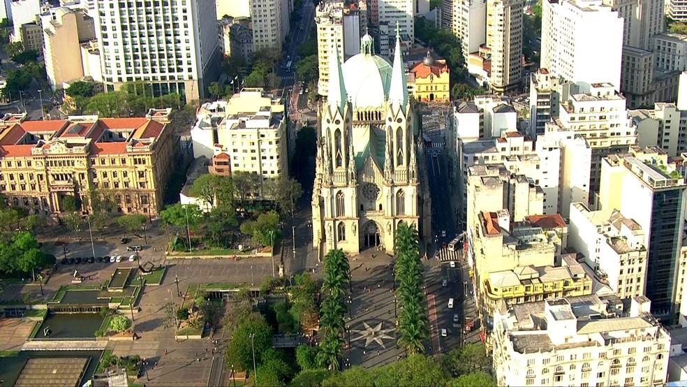 Registro aéreo da Catedral da Sé — Foto: Reprodução/TV Globo